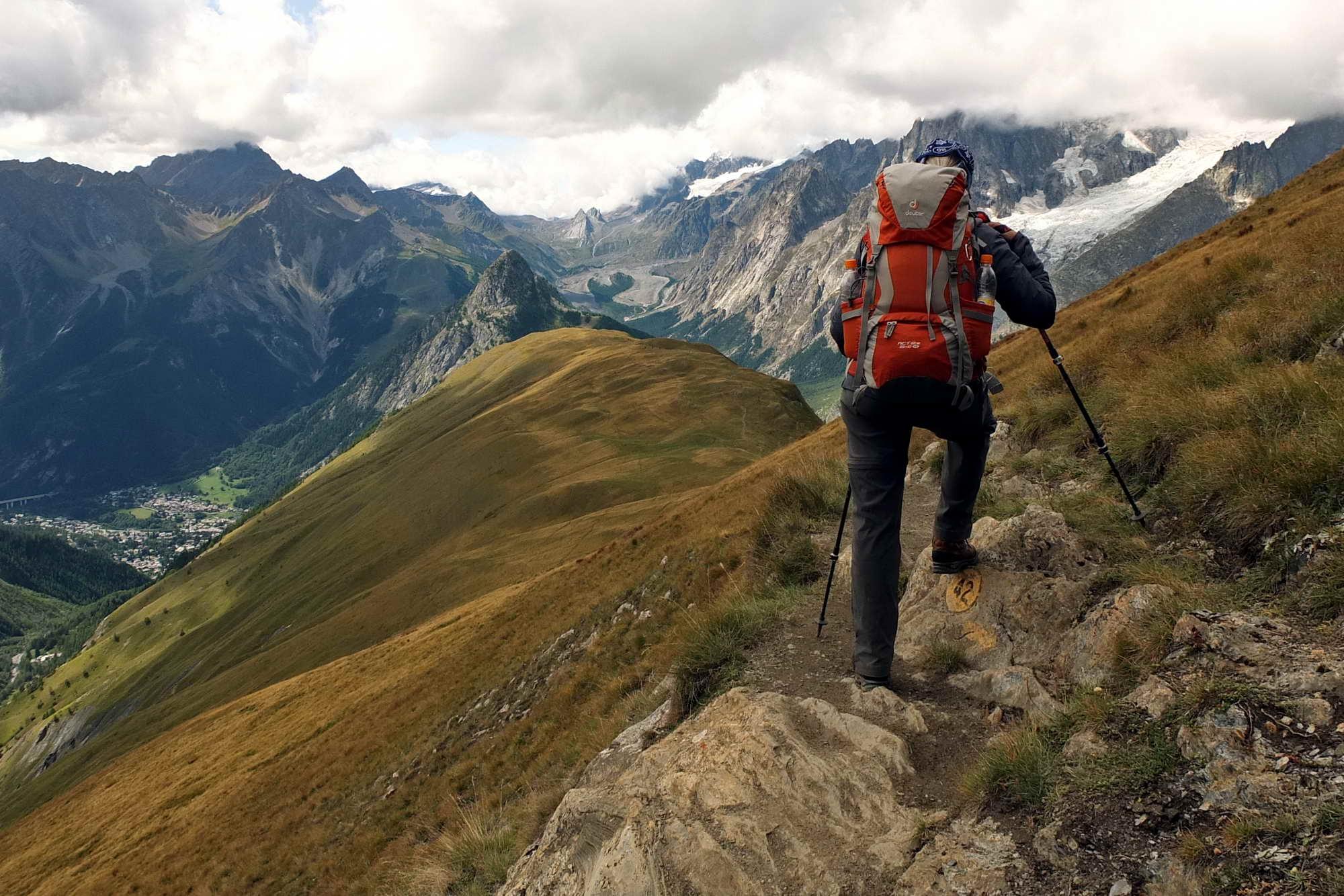 MT 10.4 Rifugio Walter Bonatti > Rifugio Bertone (Aosta, TMB)