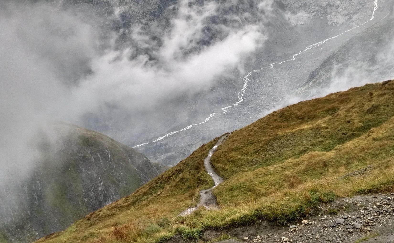 MT 10.3 Ferret > Grand Col Ferret > Rifugio Walter Bonatti (Wallis, Aosta, TMB)