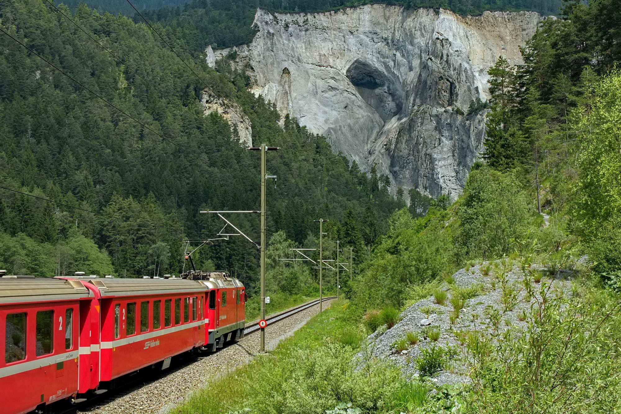 MT 6.7 Valendas > Ruinaulta > Ladir (Graubünden)